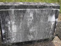 Headstone of Gordon, Cecil and Elsie Akhurst
