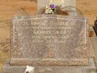 Headstone of Samuel Woo